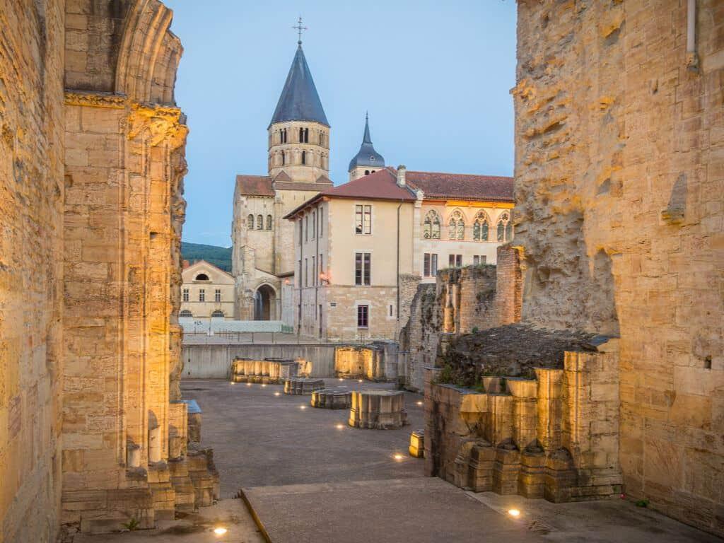 Cluny Burgundy