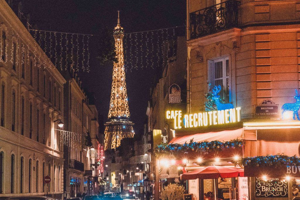 See the Eiffel Tower sparkle!