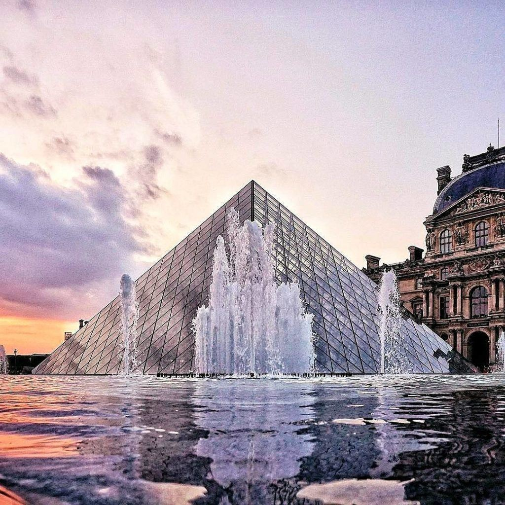 8 Things to Know Before Visiting the Louvre Museum in Paris, France