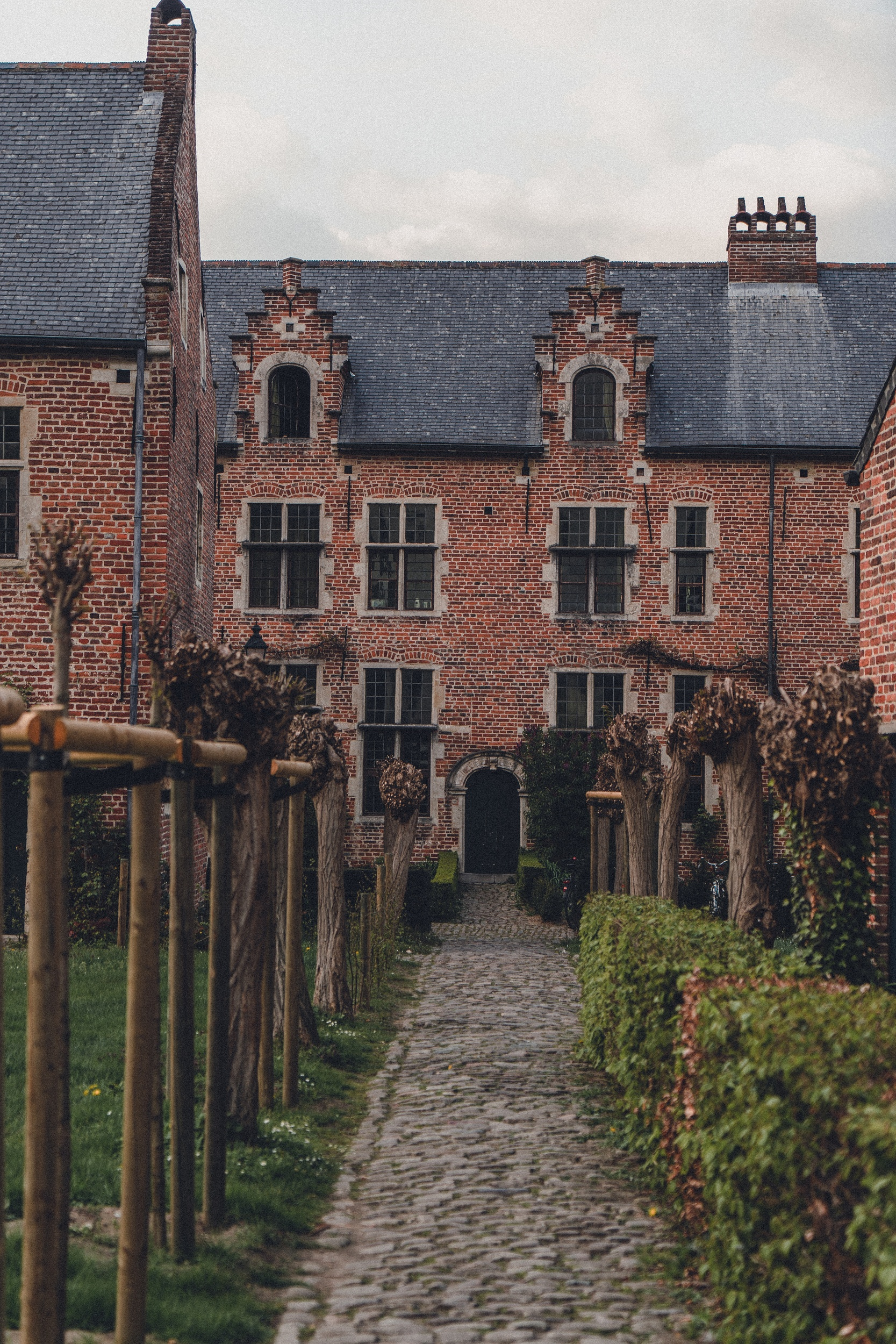 Beguinages of Leuven: Groot & Klein Begijnhof Leuven, Belgium (free beautiful buildings and beguinages in Europe))
