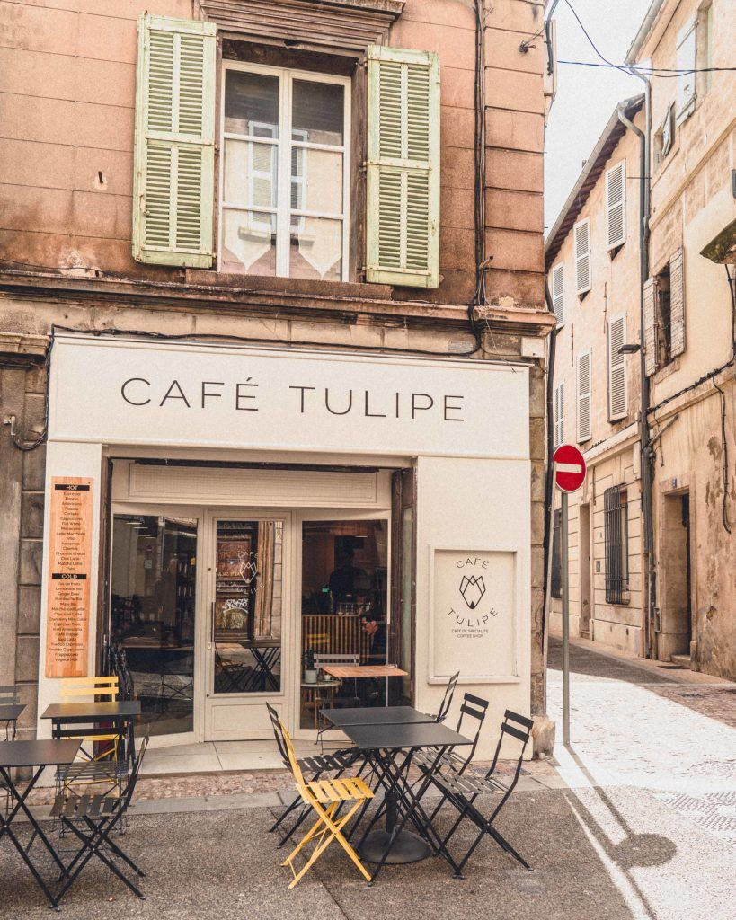 Café Tulipe: Where to Find the Best Coffee in Avignon in Provence, South of France