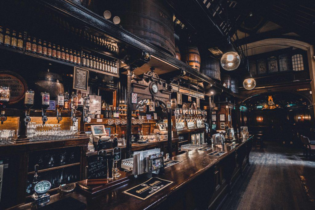 Cittie of Yorke: Enjoy a Pint in an 'Olde' London pub in Holborn, London, England