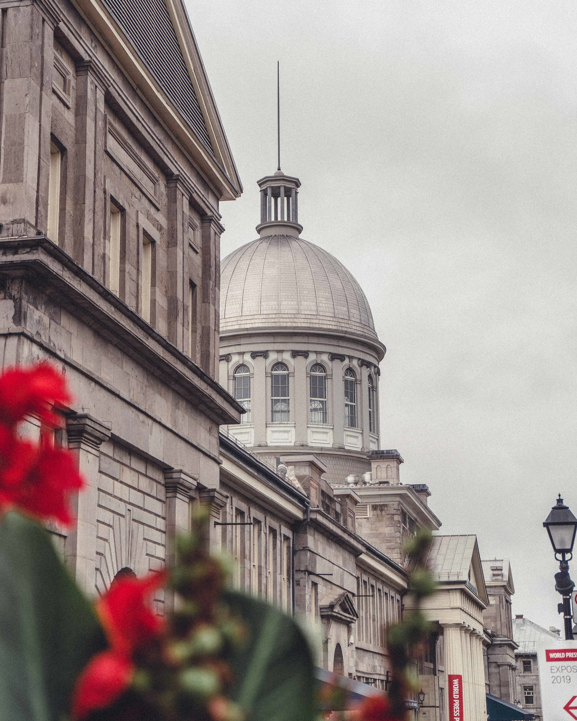 How to spend a rainy day in Montreal and still have fun! Looking for the best things to do in Montreal in the rain? This is your ultimate guide for indoor attractions in the Quebec City of Montréal in Canada