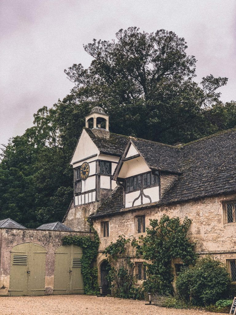 Lacock Harry Potter Guide: Tour & Filming Locations
