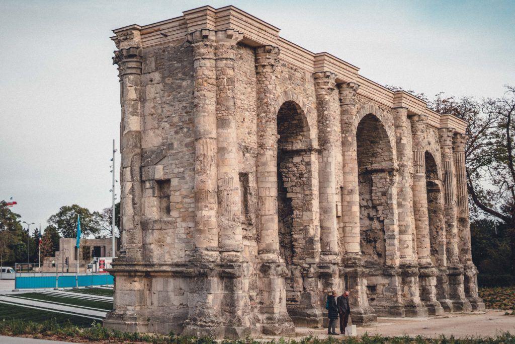 Porte de Mars, Roman Triumphal Arch