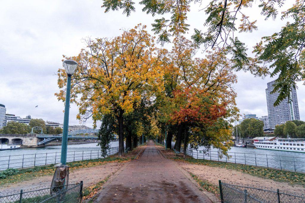 Île aux Cygnes, 15th arrondissement Paris France