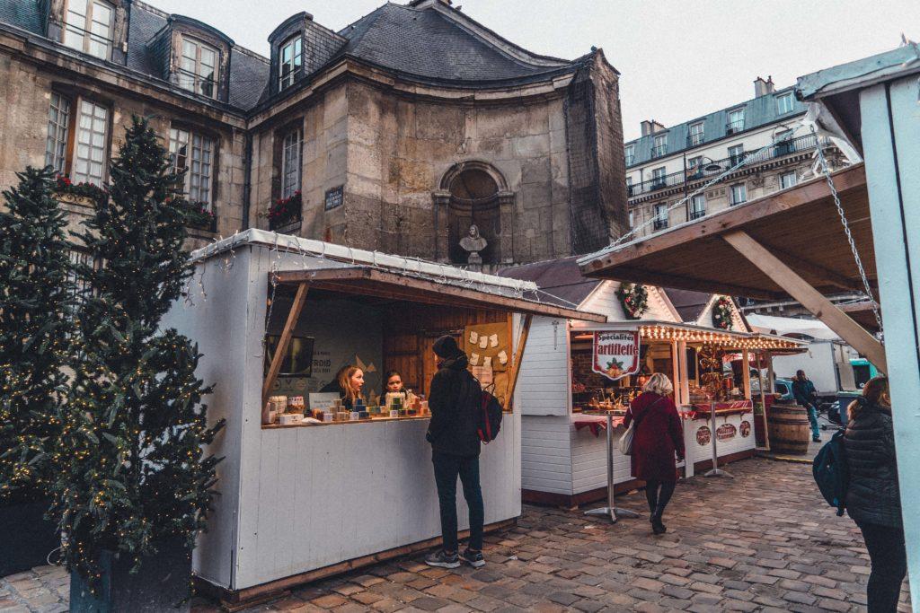 Saint-Germain-des-Prés Christmas Market Guide in the 6th arrondissement of Paris, France