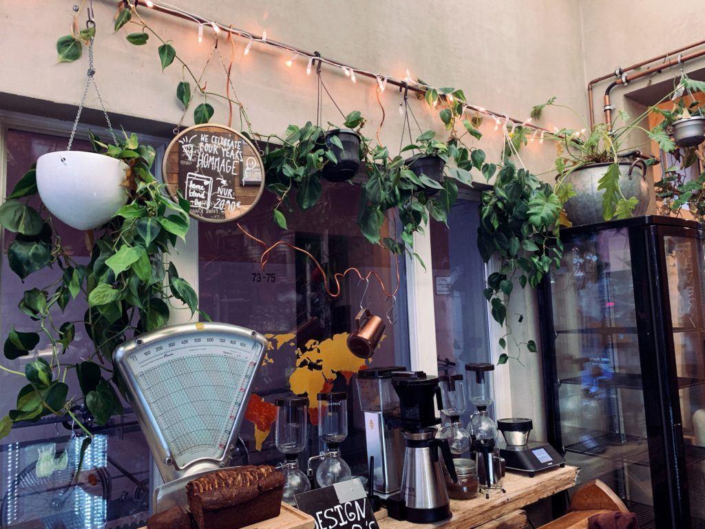 Hommage Café