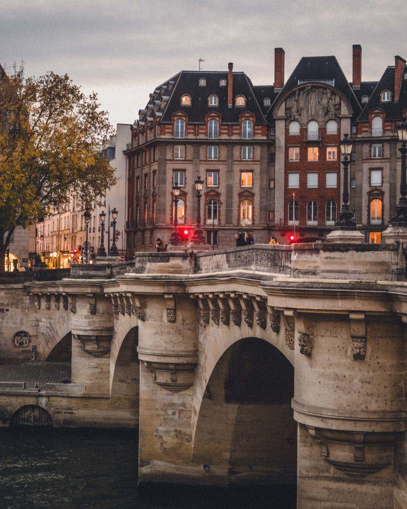 Pont Neuf, The Oldest Still Standing Bridge in Paris, 1st arrondissement 17th century bridge paris france