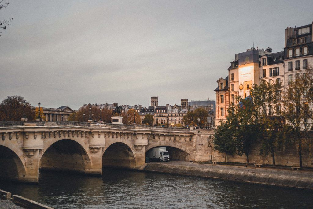 Pont Neuf, a bridge dating back to the 17th-century