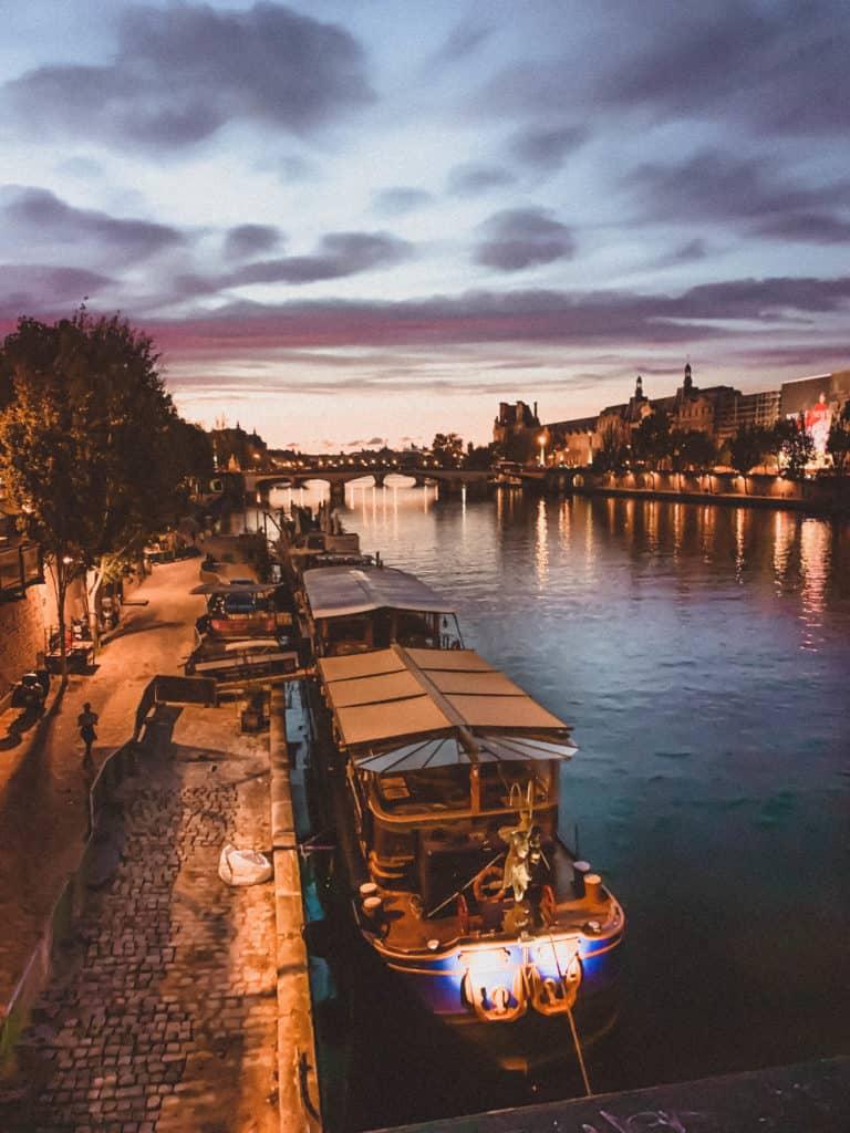 Pont des Arts (Passerelle des Arts), Paris, France
