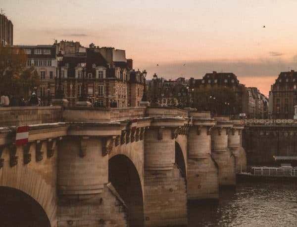 5+ Best & Most Beautiful Bridges in Paris France
