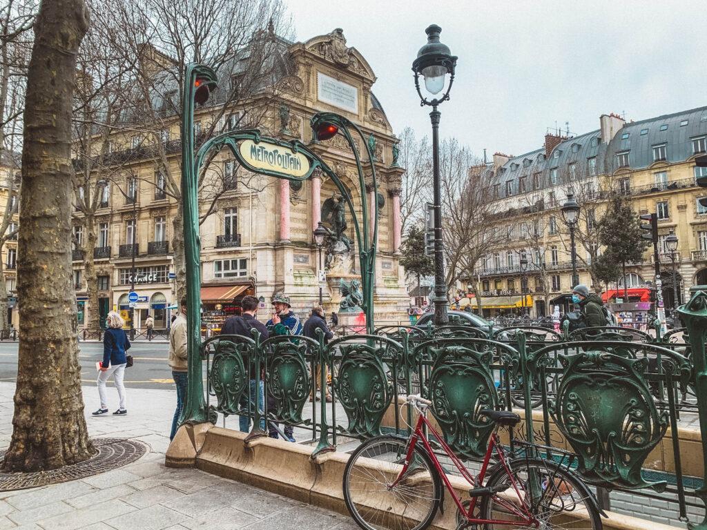 Art Nouveau métro station entrances